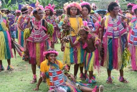 2016 Karkar Island Bilum Festival, PNG. Photo credit: @ShaunGessler