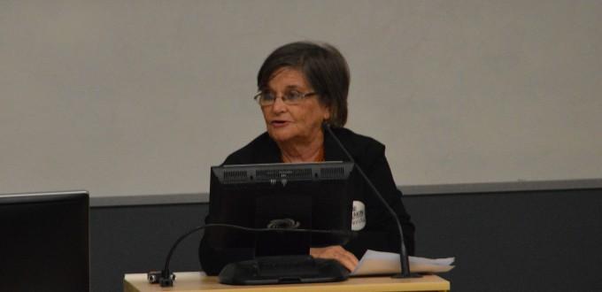 Dame Carol Kidu presenting during Democracy in PNG session at SOTP2016. Image SSGM
